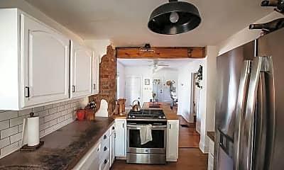 Kitchen, 435 Michigan St, 1
