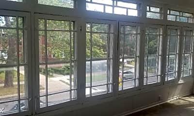 Patio / Deck, 7310 S Crandon Ave, 1