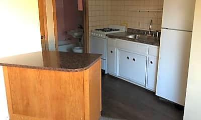 Kitchen, 5019 N Hopkins St, 2