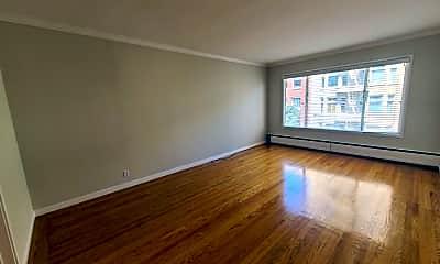 Living Room, 1801 Jackson St, 1