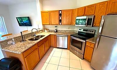 Kitchen, 8000 Carnoustie Pl A, 1