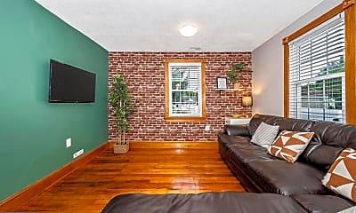 Patio / Deck, 324 S Jefferson St, 2