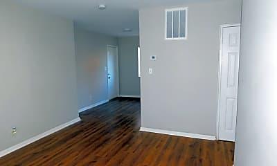 Living Room, 2841 Belvedere Ln, 2