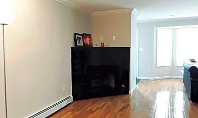 Bedroom, 525 1st St B, 2