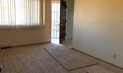 Living Room, 4416 Moorpark Ave 2, 1