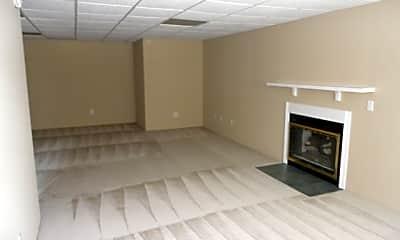 Living Room, 5160 Windsbury Ridge, 1