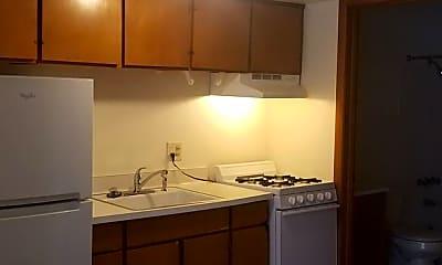 Kitchen, 2812 E Bolivar Ave, 0