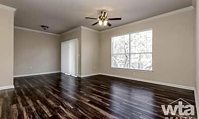 Living Room, 13425 N Fm 620, 1