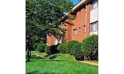 Building, Hamilton Park Apartments, 1