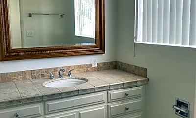 Bathroom, 1239 Robinson Ave, 2