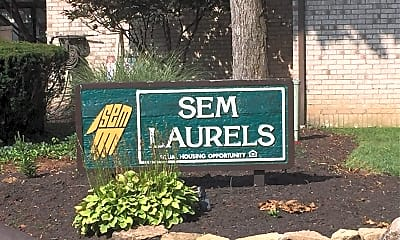 S E M Laurels, 1