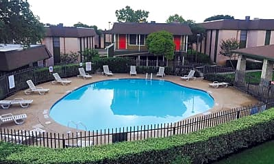 Pool, Avalon Palms, 2