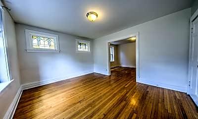Living Room, 3954 Parker Ave, 1