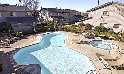 Pool, Temescal, 0