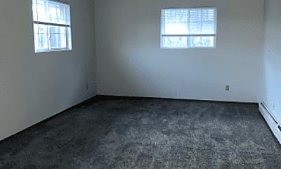 Living Room, 901 N Taylor St, 2