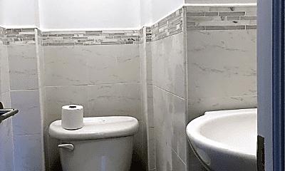 Bathroom, 108 Park Pl, 2