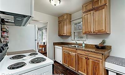 Kitchen, 1204 Lynn Ave, 1