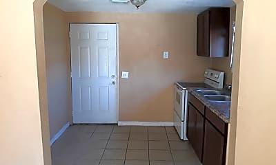 Kitchen, 9 Lenox Ct, 1