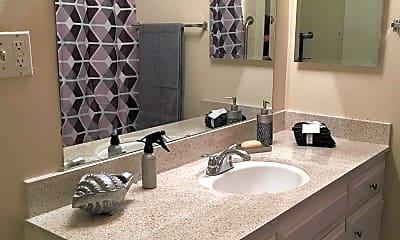 Bathroom, Prairie Villas Apartments, 2