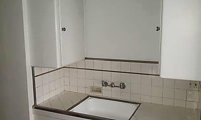 Kitchen, 8575 Holloway Dr, 2