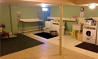 Bathroom, 432 Eureka St, 2