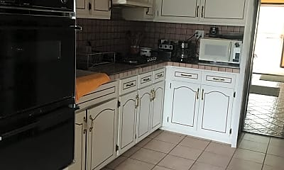 Kitchen, 3202 Junction Blvd, 0