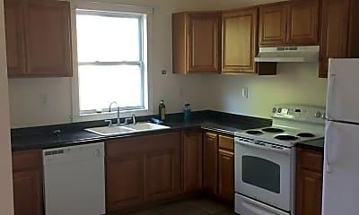 Kitchen, 1012 E 37th St, 1