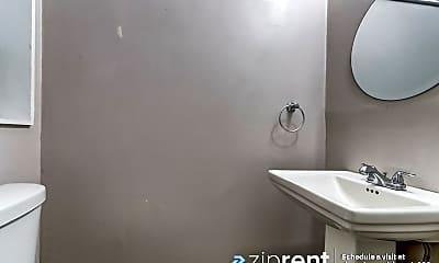 Bathroom, 606 Alice Street, M, 2
