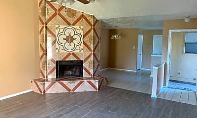 Living Room, 5411 Regal Ridge Ln, 1