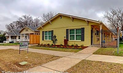 Building, 2431 E 10th St, 2