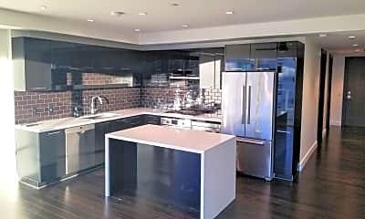 Kitchen, 4422 N 75th St 4005, 0