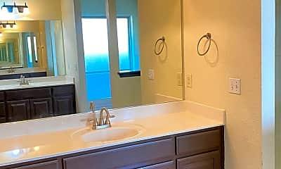 Bathroom, 6005 SE 88th St, 2