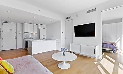 Kitchen, 250 Bowery 6-E, 1