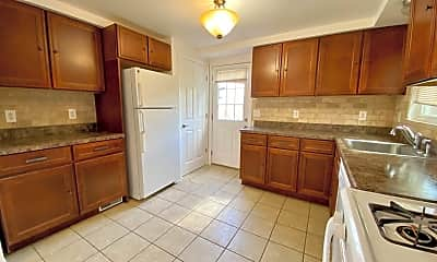 Kitchen, 2101 Woodward Ave, 0