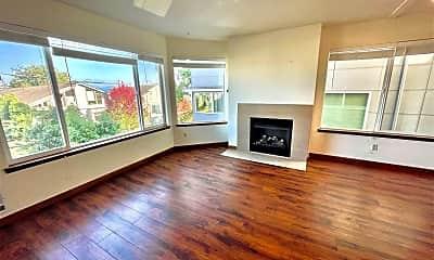 Living Room, 4223 Evanston Ave N, 0
