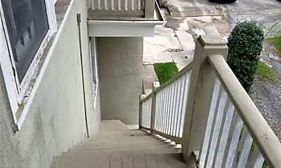 Patio / Deck, 7619 Sycamore St, 2
