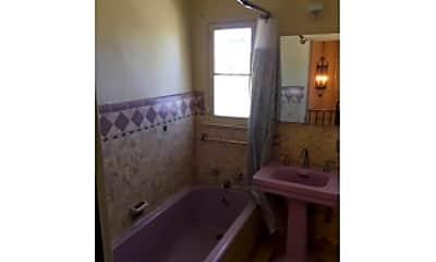 Bathroom, 1136 S 3rd St, 2