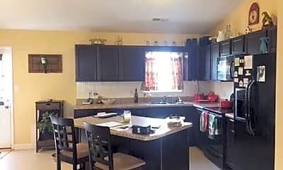 Kitchen, 122 Eagle Ridge Dr, 1