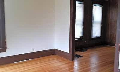 Bedroom, 418 N Van Buren Ave, 1