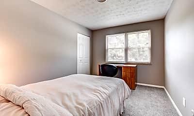 Bedroom, 715 W Chestnut St, 1