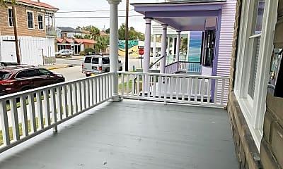 Patio / Deck, 21 E 40th St, 1