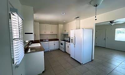 Kitchen, 38260 Charlesworth Dr, 1
