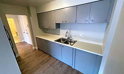 Kitchen, 519 S Milwaukee Ave, 1