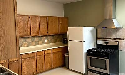 Kitchen, 448 Daly St, 1
