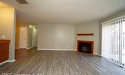 Living Room, 12115 Windmill Rd, 1