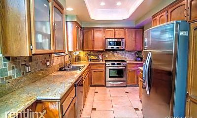 Kitchen, 3675 Keystone Av, 2