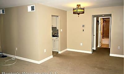 Living Room, 9487 Fairfax Blvd, 0