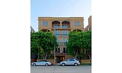 Building, 8612 Burton Way 402, 0