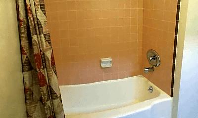 Bathroom, 1565 Evergreen St, 2