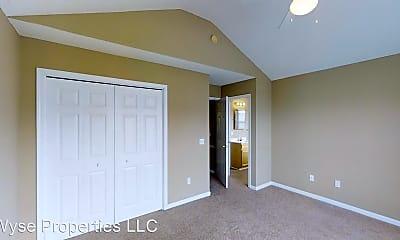 Bedroom, 675 Skinnersville Rd, 1